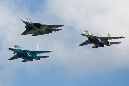 Máy bay ném bom Nga xuất hiện ở Crimea