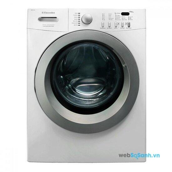 Máy giặt Electrolux EWF114UWO giặt không nhàu vải