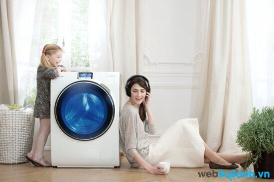Máy giặt LG WD9900 giặt sạch cặn bột giặt với cảm biến Isensor