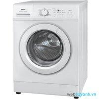 Máy giặt Sanyo AWD-700T tiết kiệm điện năng với hệ thống nước nóng tự động