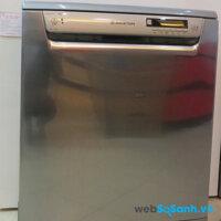 Máy rửa bát Ariston LBF51XAUS.R – Nhiều nhược điểm khó chối bỏ