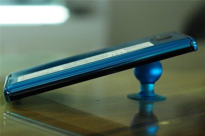 p02e blue (3).