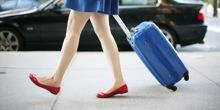 Kinh nghiệm chọn vali nhựa bền, đẹp cho những chuyến đi phượt