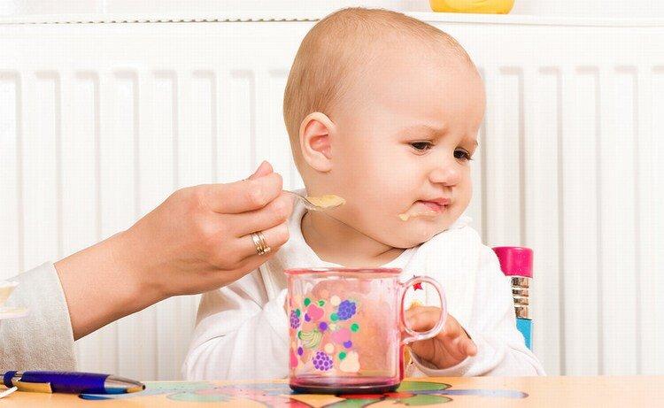 Mẹ cần làm gì để bé không bị suy dinh dưỡng?