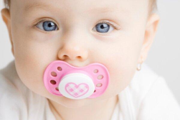 Mẹo nhỏ giúp cai sữa cho con đúng cách và hiệu quả