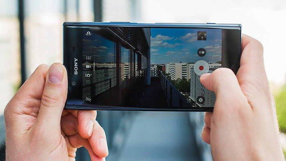 Giao diện chụp ảnh của Sony Xperia XZ Dual