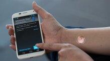 """Motorola ra mắt """"hình xăm số"""" cho bảo mật điện thoại"""
