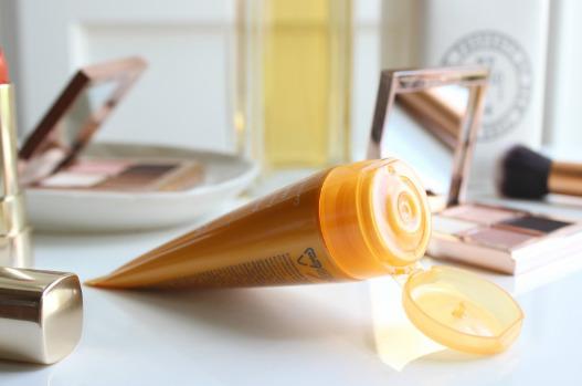 Hướng dẫn sử dụngVichy Ideal Soleil Mattifying Face Dry Touch SPF 50+ đúng cách và hiệu quả nhất