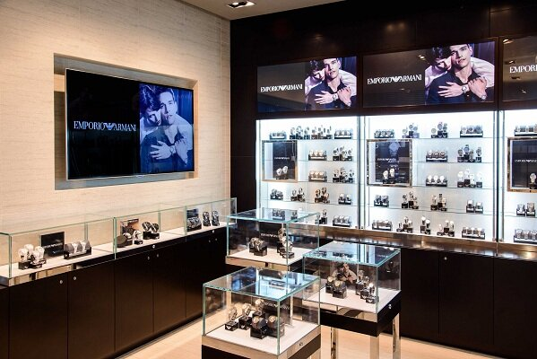 Mua đồng hồ Armani chính hãng ở đâu tại Việt Nam?