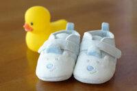 Mua giày dép cho con và những điều mẹ cần lưu ý
