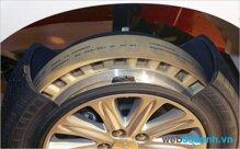 Mua lốp xe ô tô loại nào tốt nhất hiện nay?