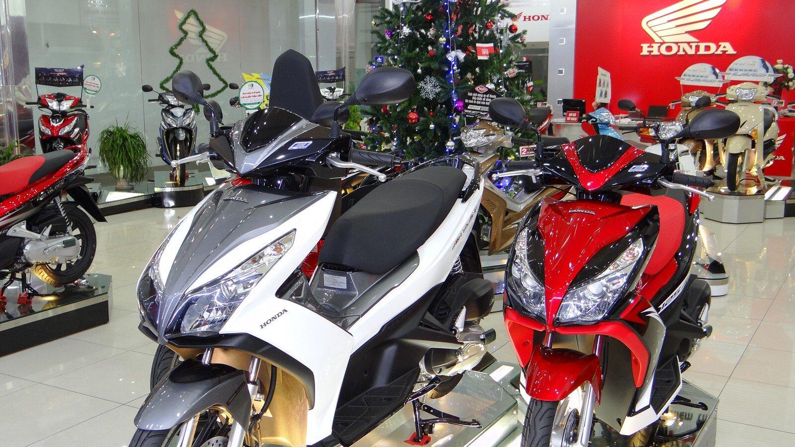 Mua xe máy Honda ở đâu giá rẻ như giá công bố?