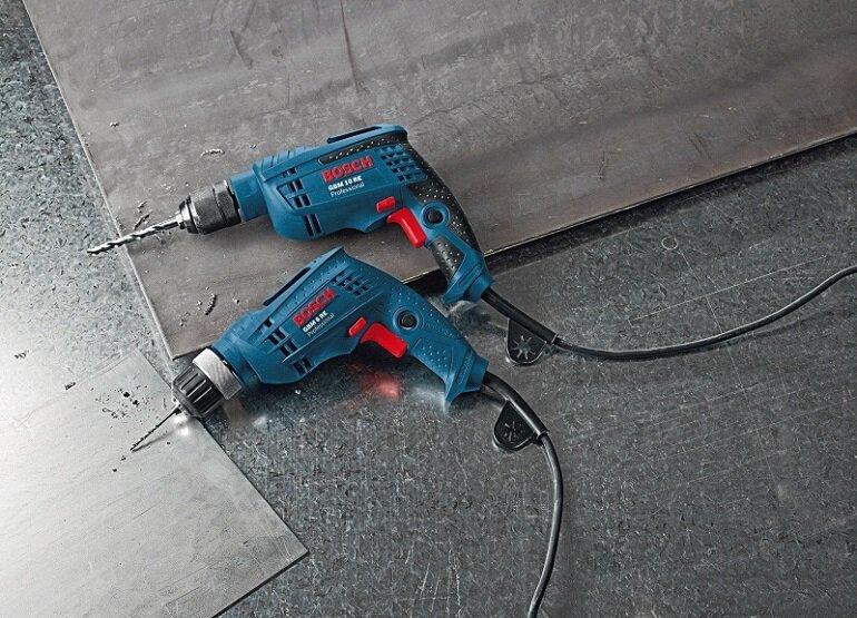 Máy khoan vặn vít dùng điện Bosch GBM 10RE 450W