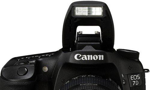 Nên chăng sắm đèn flash rời cho máy ảnh
