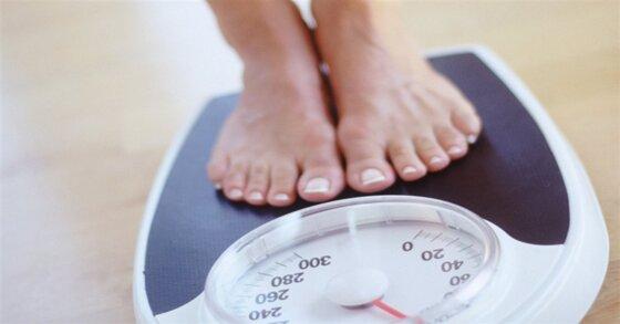 Nên chọn cân sức khỏe điện tử hay cân sức khỏe cơ