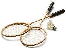 Nên chọn vợt cầu lông làm từ chất liệu gì?