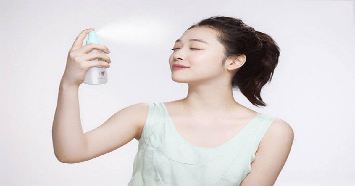 Nên chọn xịt khoáng cho da nhạy cảm, xịt khoáng dưỡng ẩm hay xịt khoáng cho da dầu ?