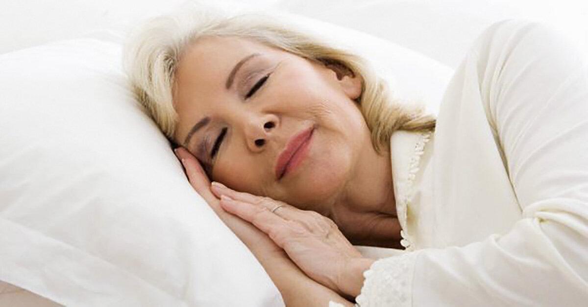 Nên lựa chọn loại đệm nào cho người cao tuổi sử dụng an toàn cho sức khoẻ
