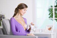 Nên mua máy hút sữa bằng tay hay máy hút sữa bằng điện?