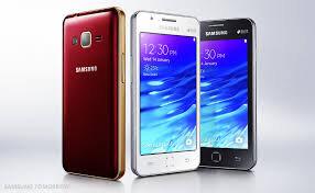 Nên mua Samsung Z1 hay BlackBerry Z10?