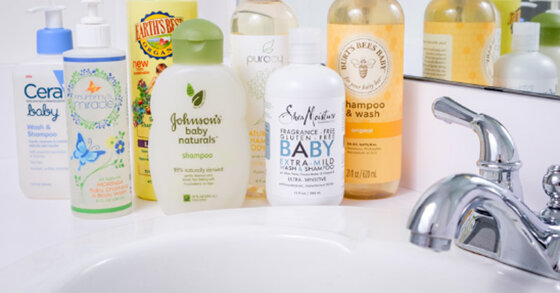 Nên mua sữa tắm gội cho trẻ sơ sinh loại nào tốt ?