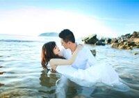 Những bức ảnh cưới lãng mạn bên bờ biển