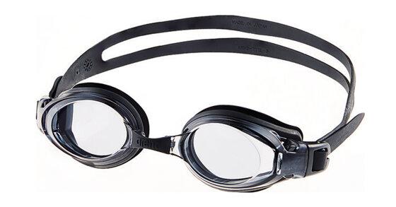 Những chiếc kính bơi Arena được lòng nhiều người yêu thích bơi lội