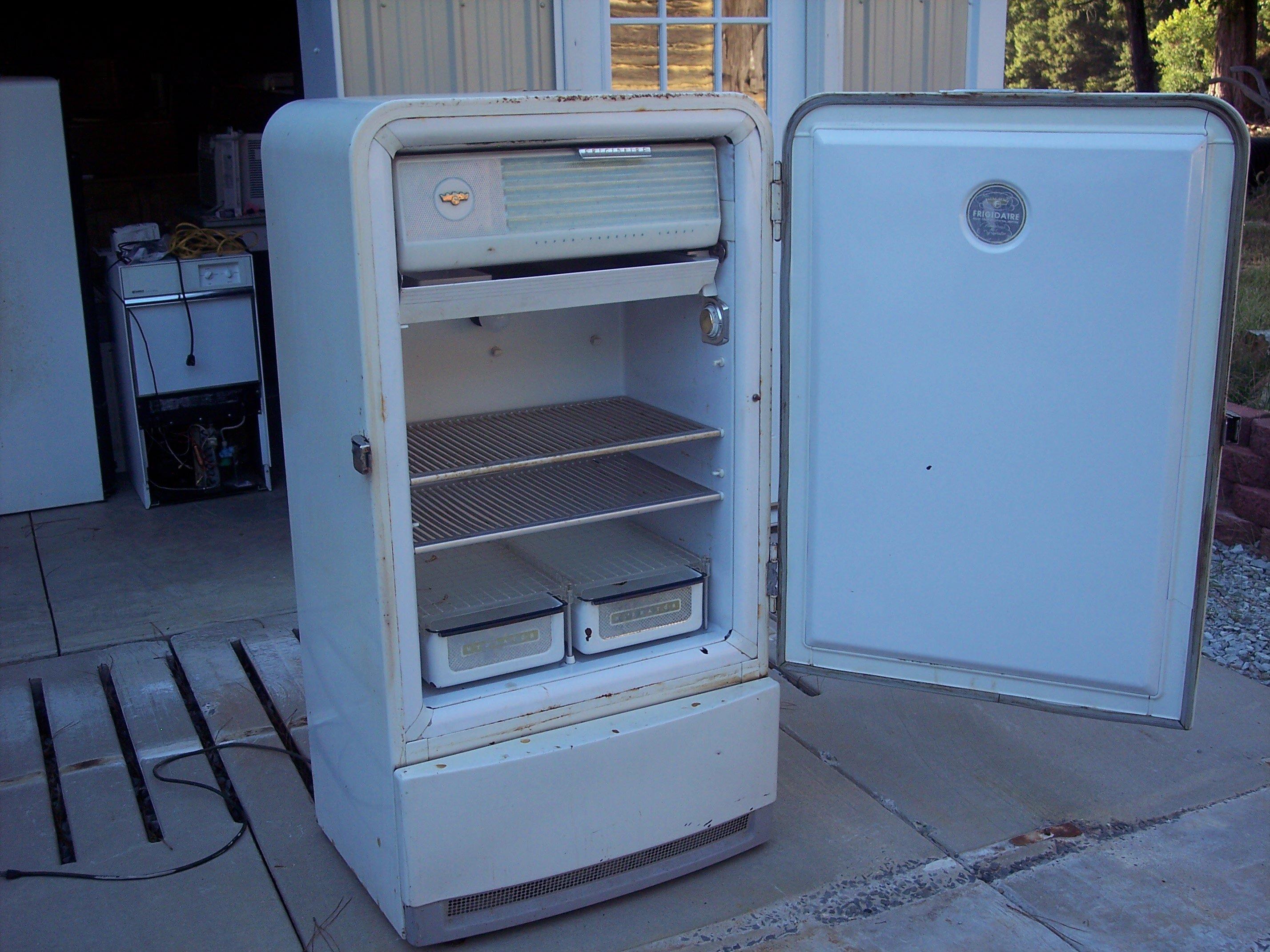 Những dấu hiệu nhận biết hiện tượng rò rỉ và thiếu gas trên tủ lạnh