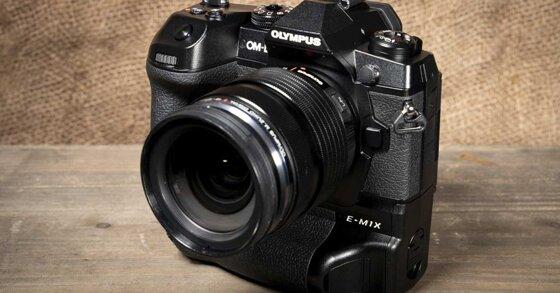 Những điểm nổi bật của chiếc Olympus OM-D E-M1X và giá bán