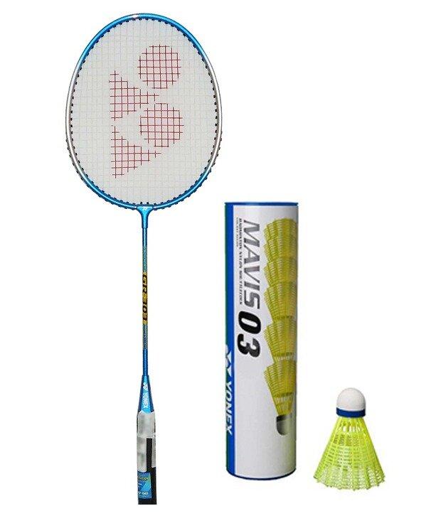 Những điều cần biết về vợt cầu lông Yonex