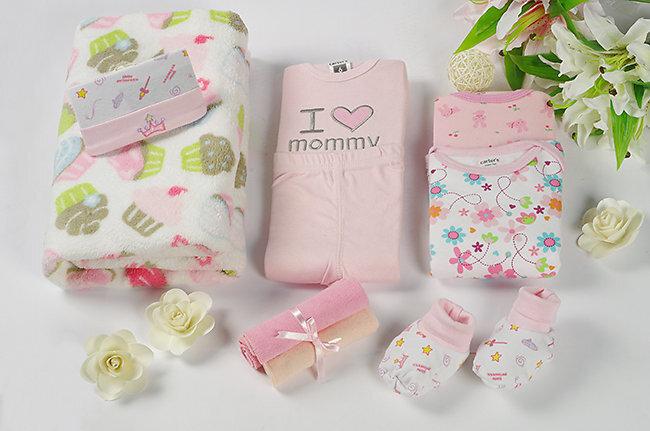 Những điều cần lưu ý khi chọn quần áo cho trẻ sơ sinh
