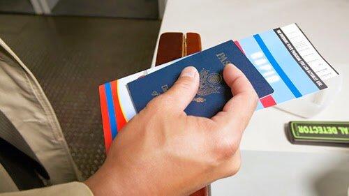 Những giấy tờ cần chuẩn bị khi đi máy bay