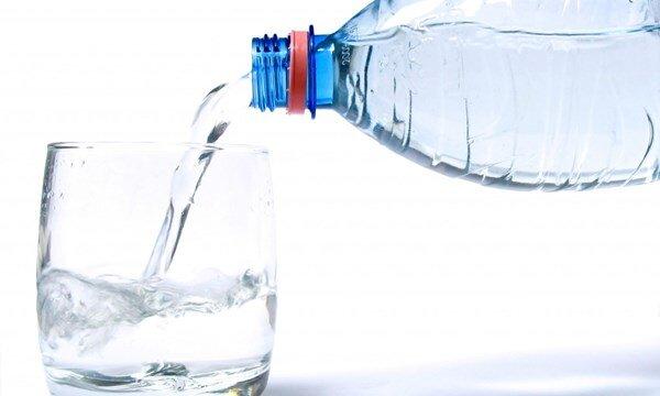 Những loại nước không bao giờ được dùng để pha sữa bột cho bé