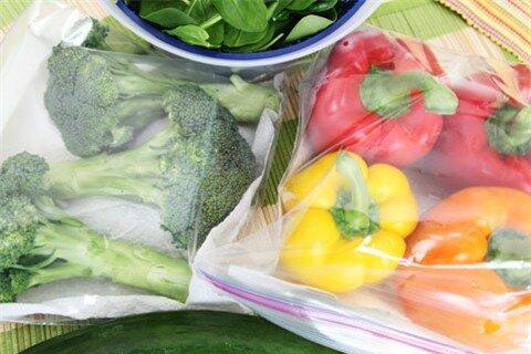 Những lưu ý để bảo quản rau quả tươi lâu hơn trong tủ lạnh