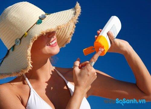 Những lưu ý khi sử dụng kem chống nắng cho da nhờn