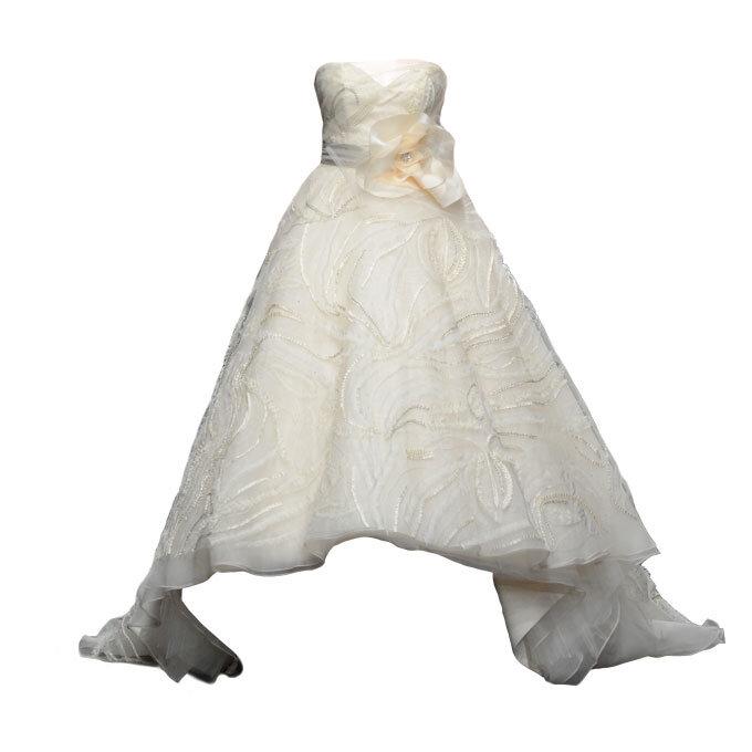 Những mẫu váy cưới đẹp cho cô dâu dáng quả lê