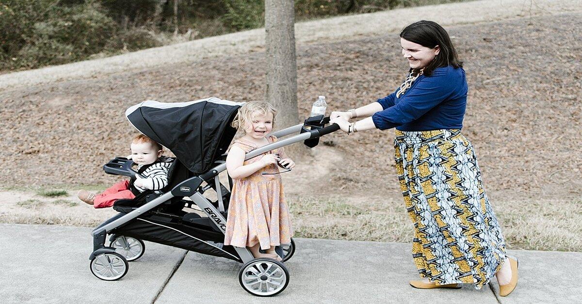 Những mẫu xe đẩy cho bé lớn tiện lợi mẹ nên tham khảo cho con