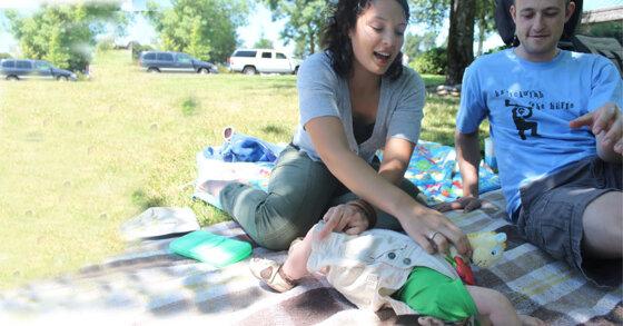 Những món đồ cần thiết cho trẻ khi đi chơi xa cũng gia đình