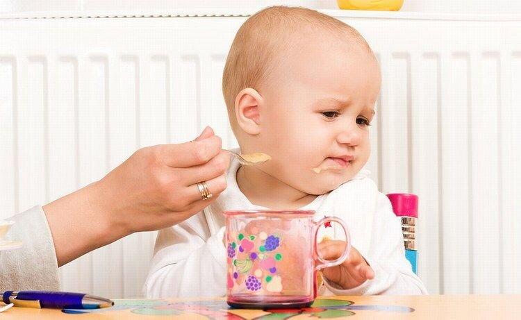 Những nguyên nhân khiến bé chậm tăng cân