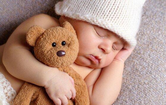 Những nguyên tắc vàng khi chọn gấu bông cho bé
