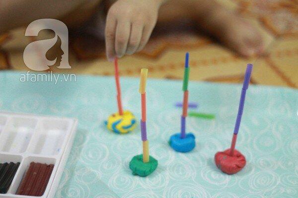 Những trò chơi mà học sáng tạo với ống hút