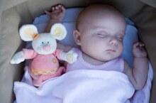 Trẻ ngủ trong cũi vẫn là an toàn nhất