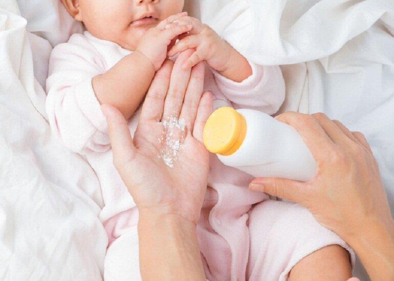 Phấn rôm cho bé