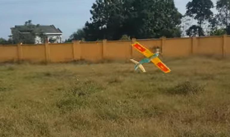 Cách làm máy bay xốp