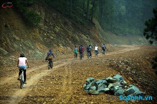 Núi Hàm Lợn – điểm du lịch gần Hà Nội tuyệt vời dành cho các bạn trẻ