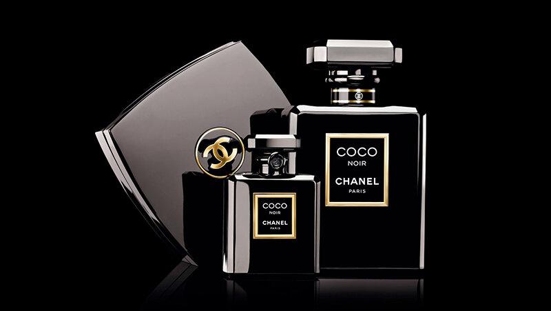 Nước hoa nữ Chanel Coco Noir – hương hoa cỏ, gỗ và xạ hương đầy bí ẩn và quyến rũ