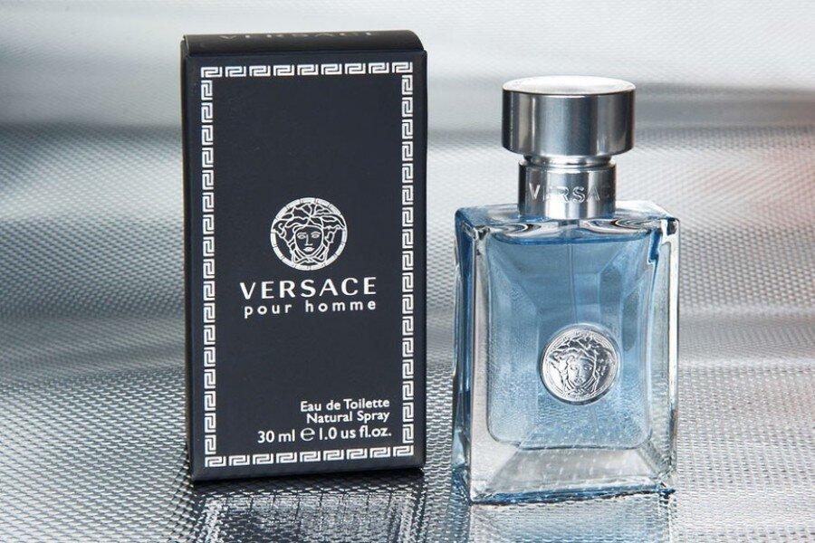 Nước hoa Versace Pour Homme – nam tính, mạnh mẽ và sành điệu