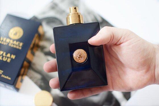 Nước hoa Versace Pour Homme Dylan Blue - dòng nước hoa nam mới đầy mạnh mẽ và sang trọng