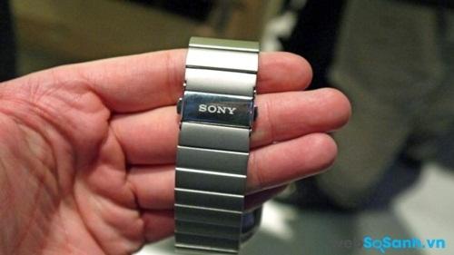 Sony SmartWatch 3 phiên bản kim loại cao cấp hơn. Nguồn Internet