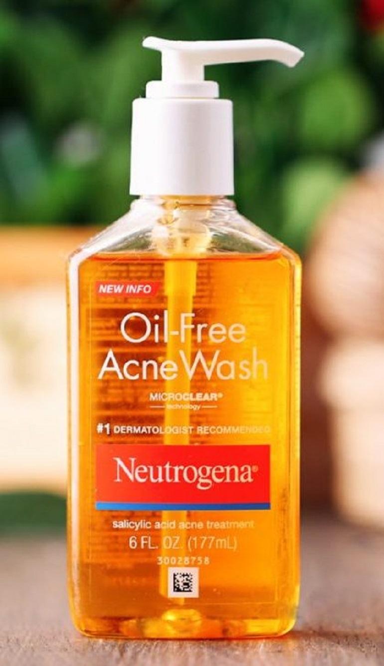 Sữa rửa mặt trị mụn Neutrogena-oil free